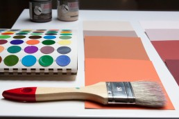 Pot de peinture couleur Terracotta pour travaux et rénovation de maison.